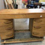 48 x 21 x 30 Crescendo vanity desk