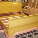 custom made an finished in Wheat (pain in the arse but it is beautiful!) sleigh bed