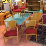 set of 4+2 Stingrays redone Wheat with new upholstery